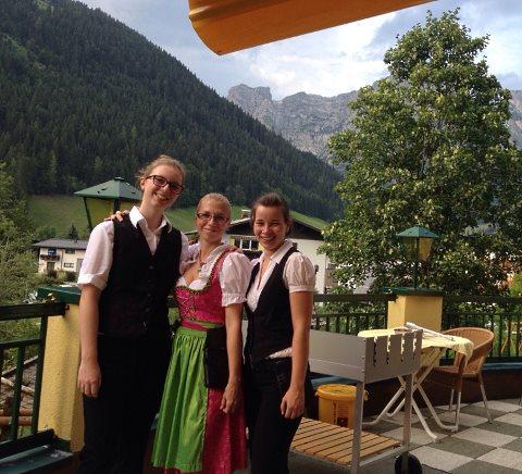 http://www.hotelelisabeth.at/media/Kurzfristige%20Bilder/2015/Sommer%202015/grill22.07.jpg.jpg