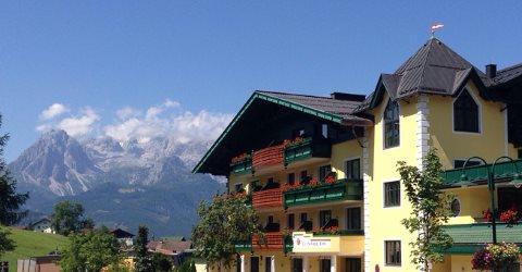 http://www.hotelelisabeth.at/media/Kurzfristige%20Bilder/2015/Sommer%202015/hotel2.5.8.jpg