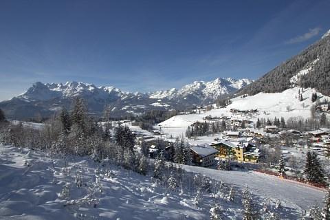 http://www.hotelelisabeth.at/media/Kurzfristige%20Bilder/2015/Winterbilder%202015/ski_werfenweng6.jpg.jpg