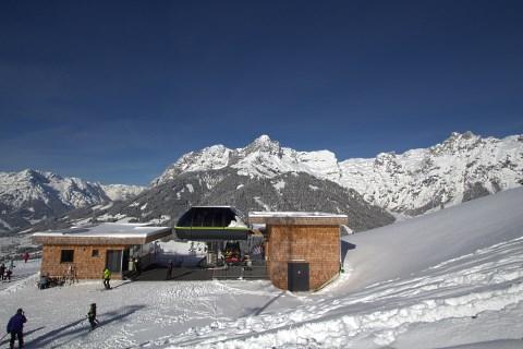 http://www.hotelelisabeth.at/media/Kurzfristige%20Bilder/2015/Winterbilder%202015/ski_werfenweng9.jpg.jpg