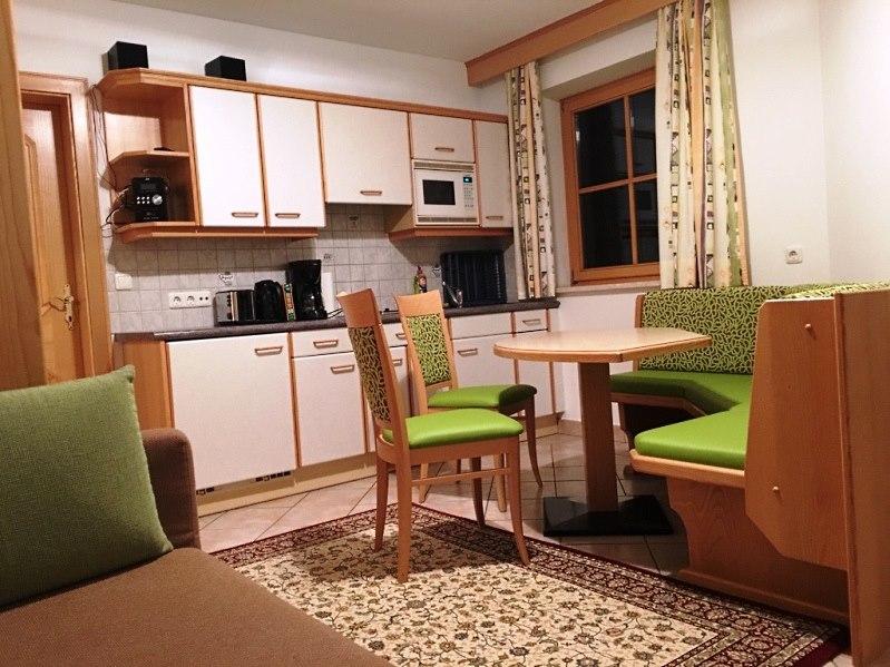 http://www.hotelelisabeth.at/media/Kurzfristige%20Bilder/2016/appartement_werfenweng_2.jpg