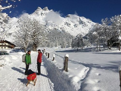 http://www.hotelelisabeth.at/media/Kurzfristige%20Bilder/2016/winterwandern18.1.2.jpg
