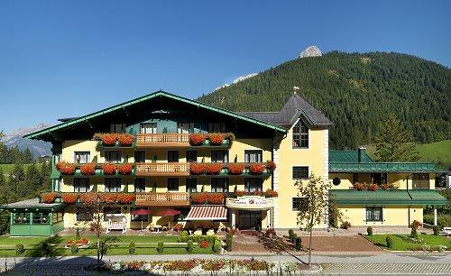 http://www.hotelelisabeth.at/media/bildgallerie/Hotel/hotel_elisabeth_werfenweng.jpg